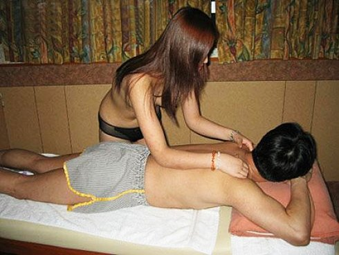 Hanoi escorts and massage vietnam sex