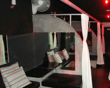 Review of 007 Club in Pattaya Thailand