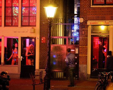 prostitution at de wallen red light district amsterdam