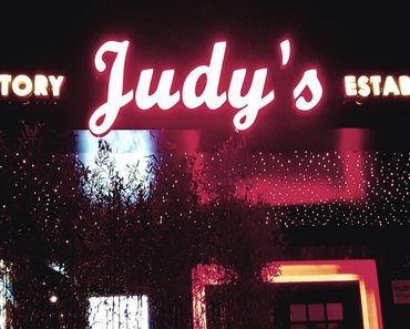 Review of Judy's freelance prostitute bar in Shanghai China